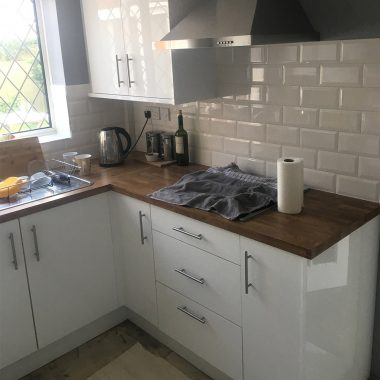 Kitchen refurbishment (Calcot)